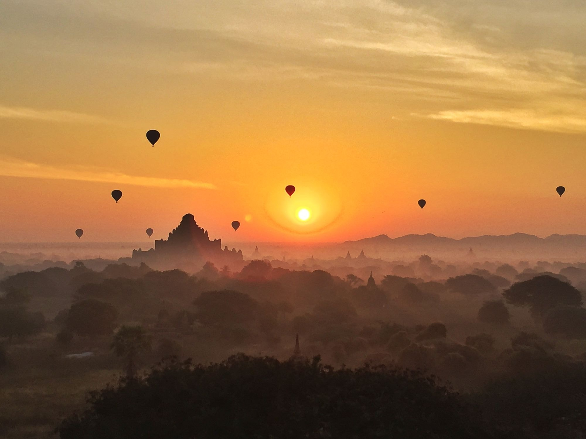 Bagan Sunrise from Sunset Pagoda